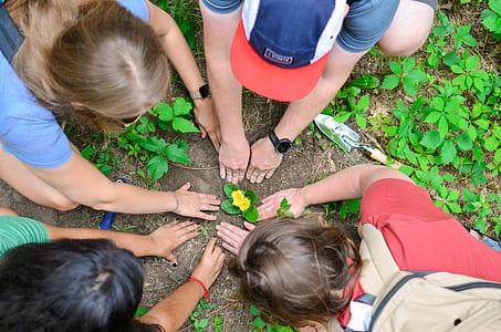Earth Day Flower Planting Mak